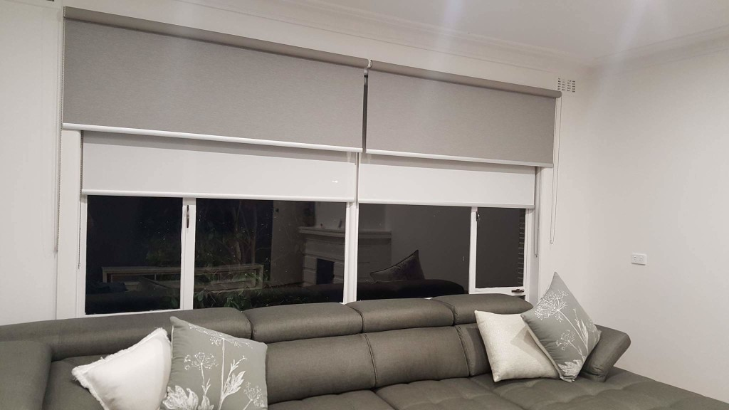Heidelberg Home ft. double roller blinds (recess and face fit), back roll.